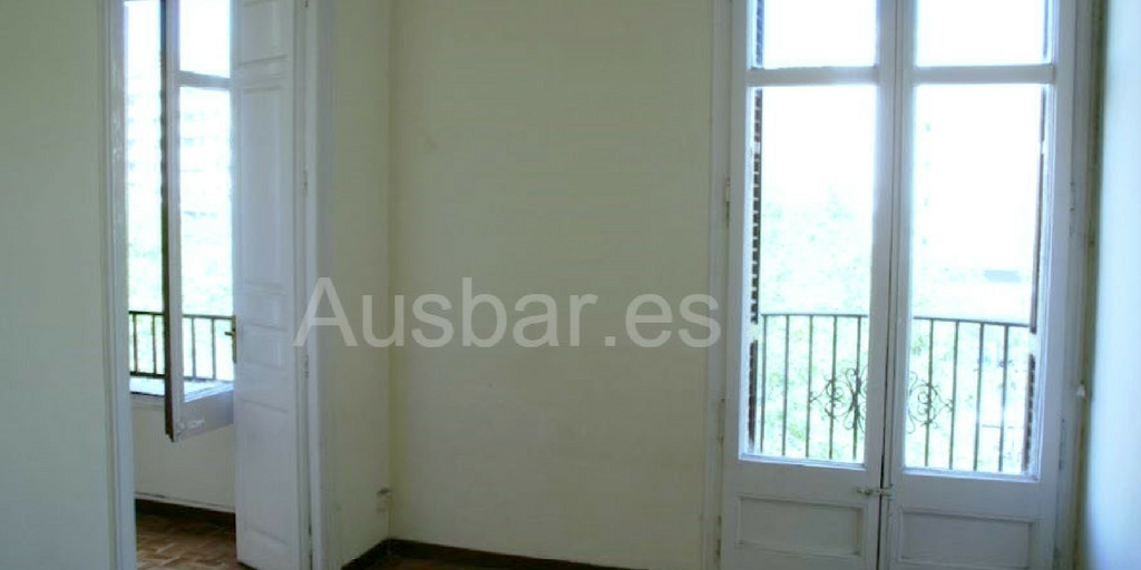 Flat for Rent in Barcelona. Eixample.
